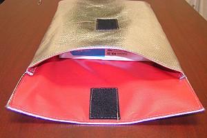 HOT-STOP L fire resistant document pouch